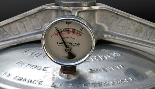 detail-auto-thermos.jpg