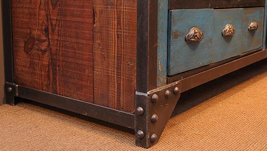 moblier-industriel-tiroir.jpg