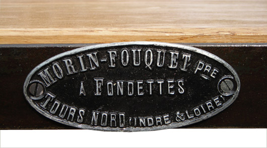 plaque-fonderie-table.jpg