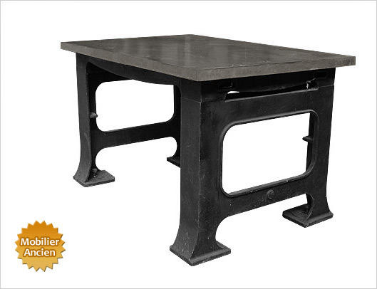 table-marbre-industriel-ancien.jpg